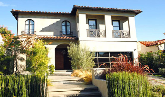 Manny pacquiao 39 s many homes zipmatch for Los angeles homes for sale with pool