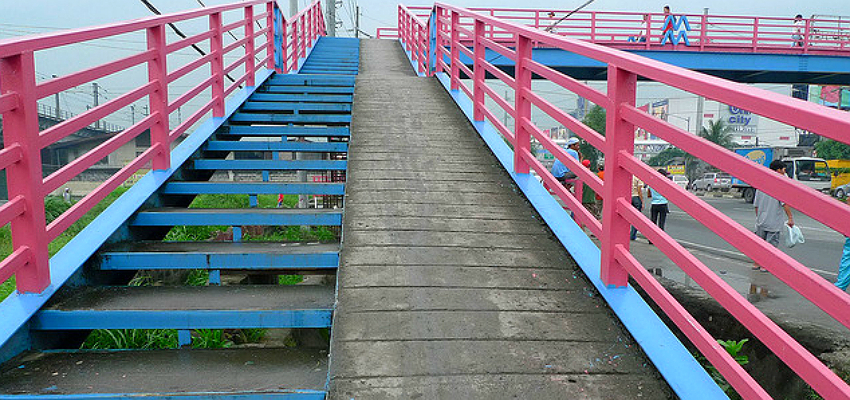 mmda footbridge